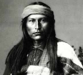 Naiche Cochise One Paw